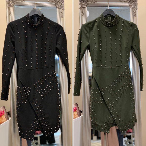 Черна рокля с дълъг ръкав и капси elizabet.bg