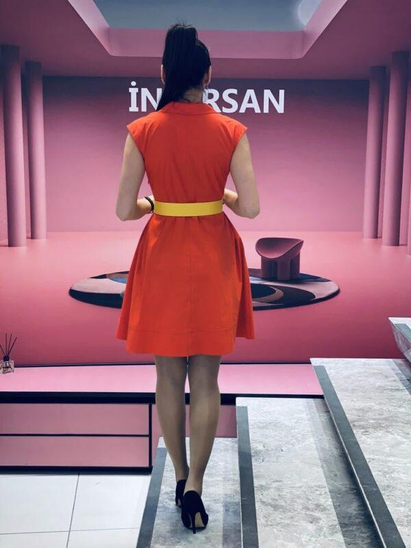 Разкорена рокля с цветя в оранжево с жълто elizabet.bg